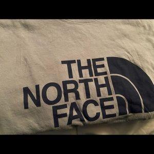 North face tee   size medium  